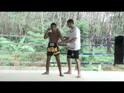 Beginners Muay Thai Instructional: The MuayThai Stance @ Tiger Muay Thai Image 1