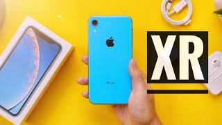iPhone XR Unboxing & Impressions!