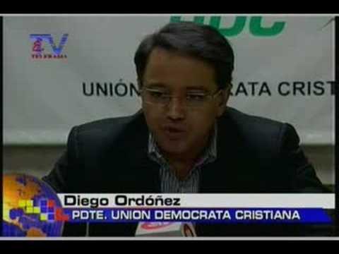 UDC rechaza reestructuración TSE