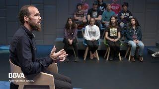 """V. completa. """"Las matemáticas nos hacen más libres y menos manipulables"""". Eduardo Sáenz de Cabezón"""