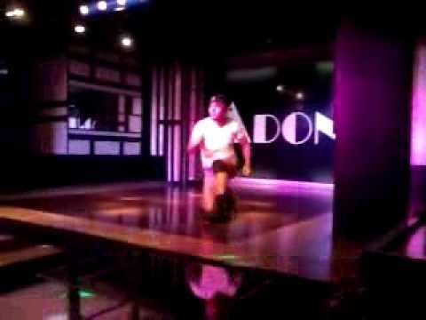 MACHO DANCER @ PHILIPPINE GAY BAR 4