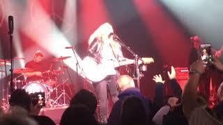 """Melissa Etheridge 2018 Chicago """"Like The Way I Do"""" Pt. 2 Lead In Drum Solo Start Genesee Theater"""