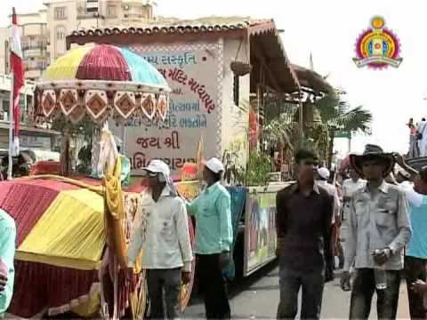 Bhuj Nutan Mandir Mahotsav 2010 - Nagaryatra Part 1 of 2