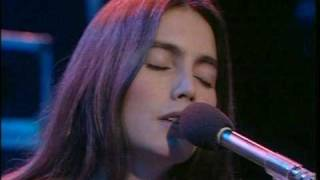 Watch Emmylou Harris Tulsa Queen video