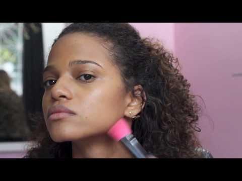 Maquiagem natural para pele negra! Por Bianca Andrade e Fernanda Oliveira.