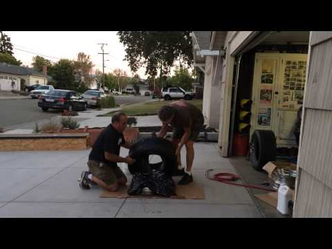 Installing car tires with a garbage bag DIY