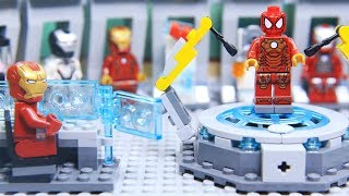 Lego IRON MAN's ARMOR was Stolen by SPIDERMAN