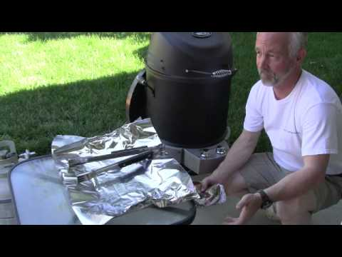 Pork Ribs Cooked In The Char-Broil Big Easy SRG - Part 1