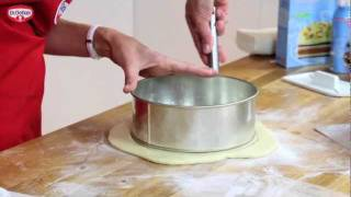 Dr. Oetker Baking Christmas Cake Tutorial with Ruth Clemens