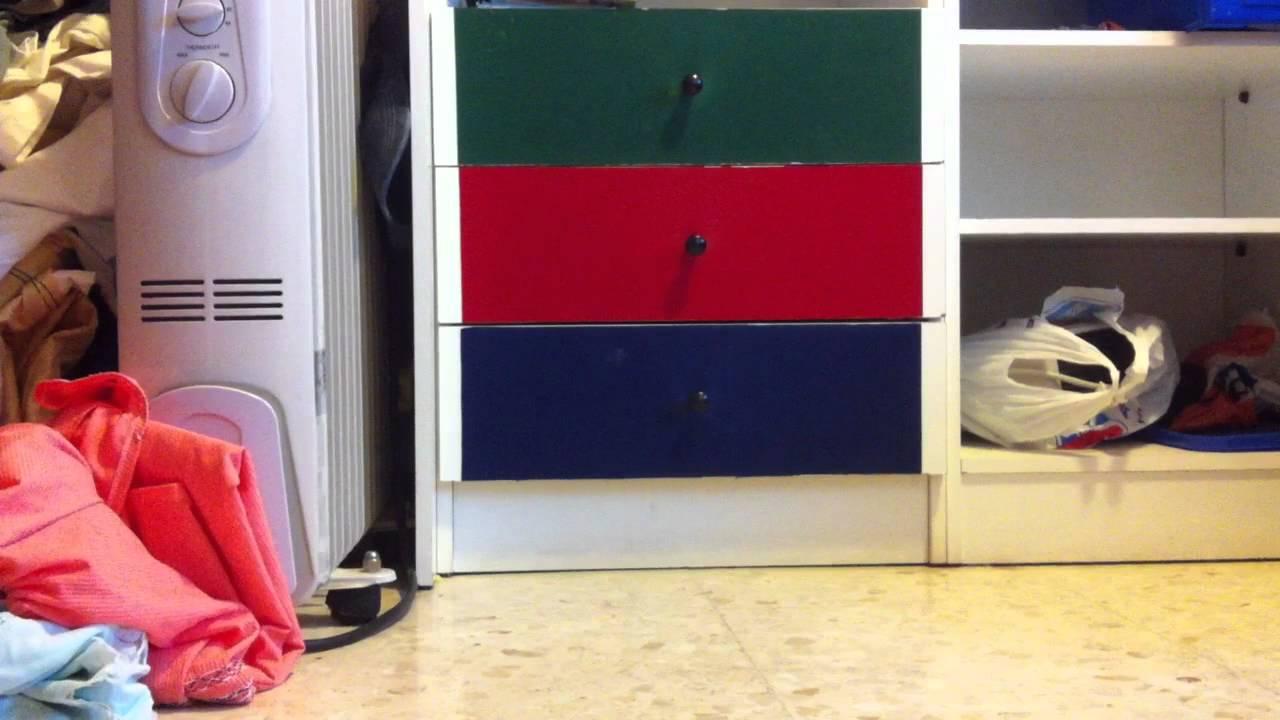Muebles con papel pintado decorar el dormitorio youtube - Forrar armario con papel pintado ...