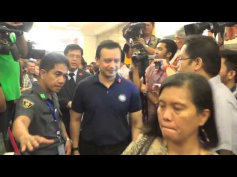 Antonio Trillanes IV files COC for VP