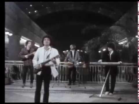 KFT - Siker, Pénz, Csillogás (Hivatalos Videoklip)