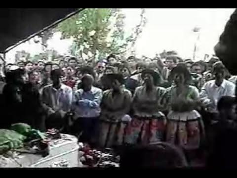 Chicas Rosas y Claveles (Entierro de Frida) - Part 1