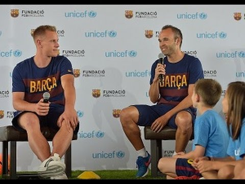 FC Barcelona's Iniesta opens up to children about power of sport | UNICEF