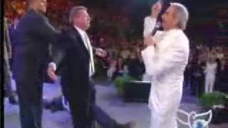 Benny Hinn - Glory of God Falls on pastors and choirs