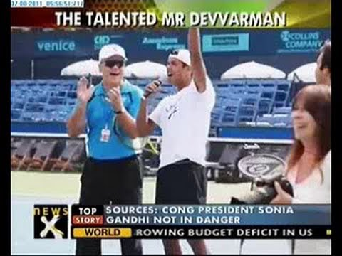 Somdev Devvarman shows off his vocal talent