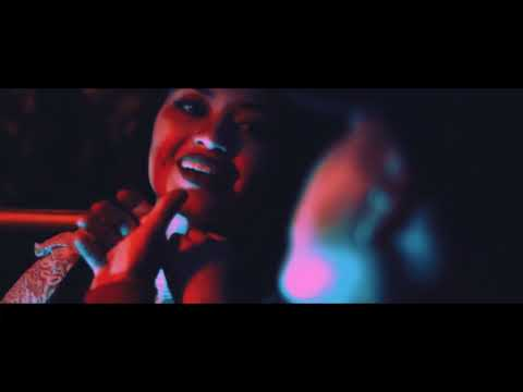 Lion Fiah - Dancehall King | Video Oficial thumbnail