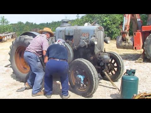 Avviamento vecchio trattore testa calda (ORSI)