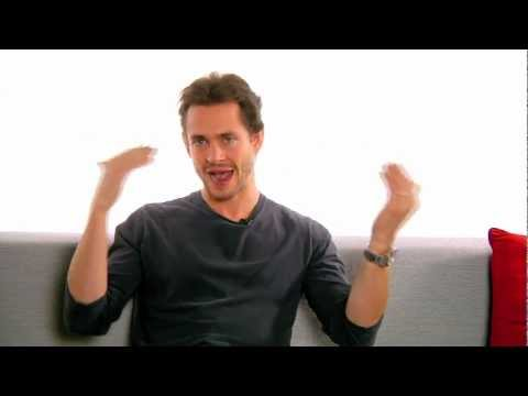 "Ask a Star: ""Venus in Fur"" Star Hugh Dancy Answers Fan Questions at Broadway.com"