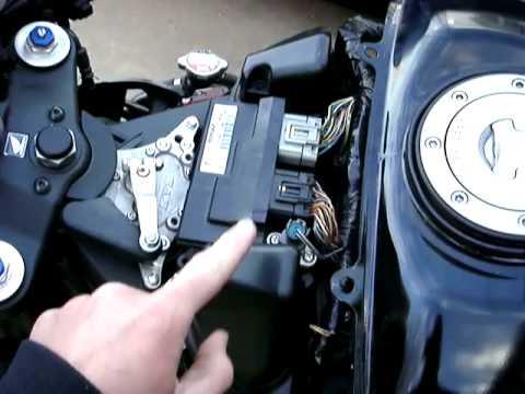 2007 Honda 600rr Air Filter Removal