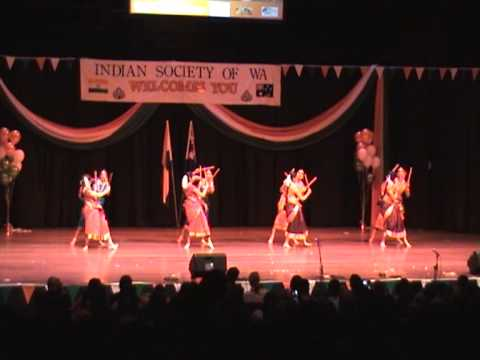 Kannada Folk Dance Ghallu Ghallenuta- Indian Independence Day- Perth Concert Hall video