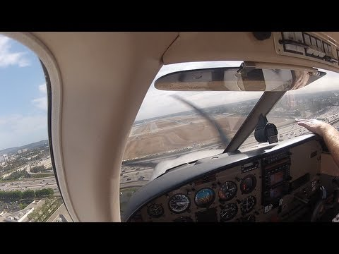 Private Pilot Training - John Wayne Practice Area & Circuits - PA28 Archer III