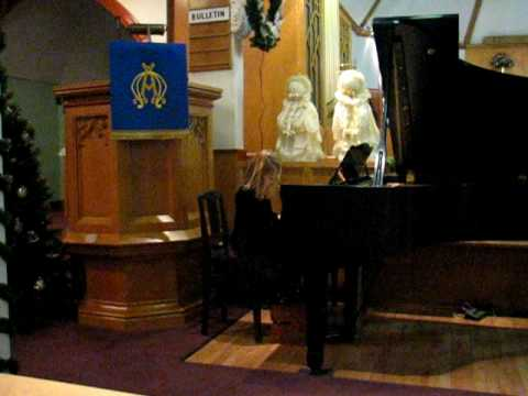 Suzuki piano recital  4 year old girl playing French Childrens Song