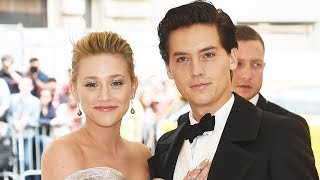 Download Lagu Cole Sprouse & Lili Reinhart Get Into FLIRTY Argument on Twitter Gratis STAFABAND