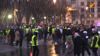 LIVE 'Yellow Vests' Movement Holding Mass Protest in Paris for Tenth Straight Week