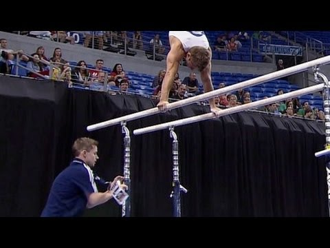Sam Mikulak survives Parallel Bars mishap