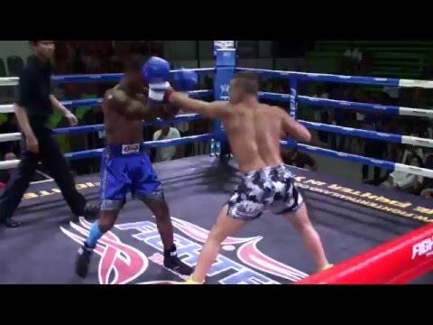 Boxing: Kai Kara-France (Tiger Muay Thai) vs Kamau (Yudtajak Muay Thai) @ Rawai Stadium