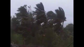 ओडिशा,आंध्र में तूफान 'तितली' का खौफ, 2 लाख लोग सुरक्षित स्थान पर भेजे गए । ABP News Hindi