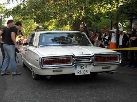 65 Ford Thunderbird V8 Sound & Burnout