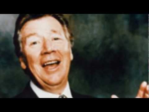 """Veteran entertainer Max Bygraves has died in Australia, aged 89. The comedian, actor, and singer, whose catchphrase was """"I wanna tell you a story"""", died in his sleep at home in Hope Island,..."""