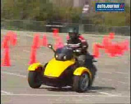 BRP Bombardier Can Am Spyder roadster Tricycle Video