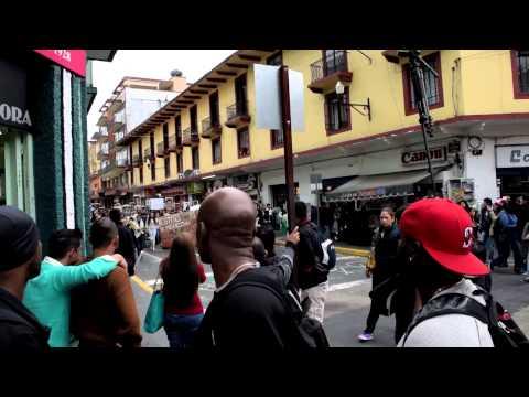 Estudiantes de Bachillerato de Xalapa se unen a marchas de apoyo Caso Ayotzinapa