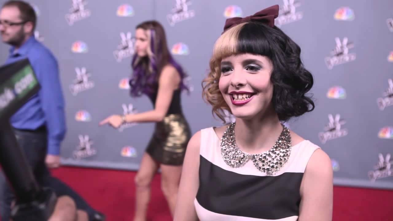 Melanie Martinez Smile 2015