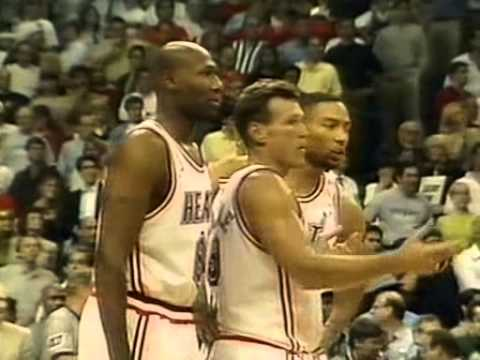1997 NBA Playoffs ECSF Game 5 - Knicks vs Heat - Final minutes