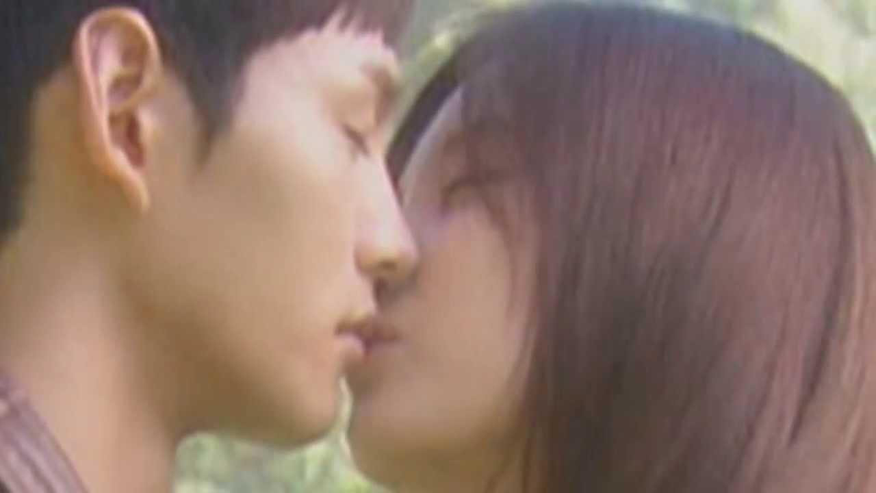 Seohyun Snsd Kiss Scene Snsd Seohyun Kissing Scene