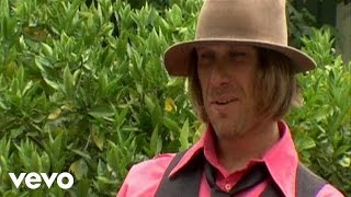 Watch Todd Snider Looking For A Job video