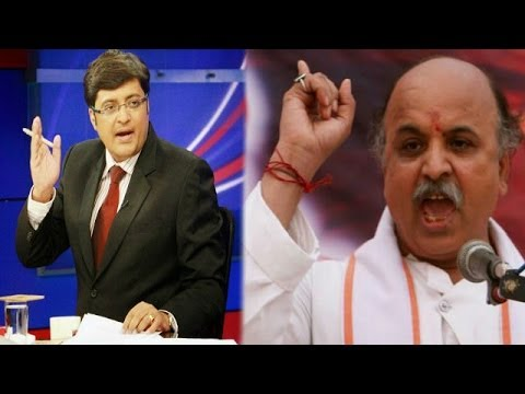 The Newshour Debate: Toothless versus VHP Chief Praveen Togadia? - Full Debate (21st April 2014)