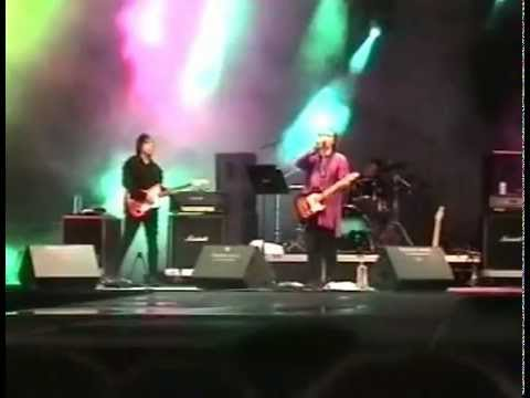Dave Davies - Living On A Thin Line (Live in Potsdam 2004)
