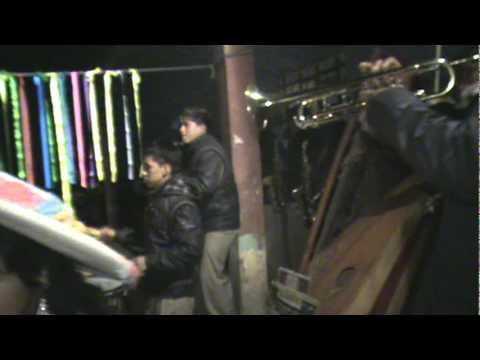 PUÑUN - BAILANDO EN LA PLAZA - SET - 2010