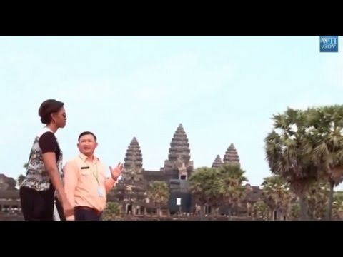 Michelle Obama Promoting Girls' Education In Cambodia - Visit Angkor Wat Temple - Video 2015