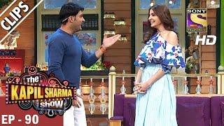 Kapil welcomes  Anushka Sharma to the show -The Kapil Sharma Show - 18th Mar 2017