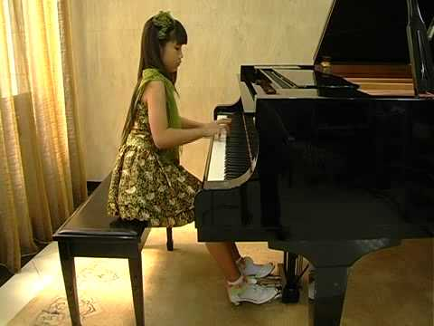 gabriella-prisca-handoko-11-plays-devoir-by-yazeed-djamin.html