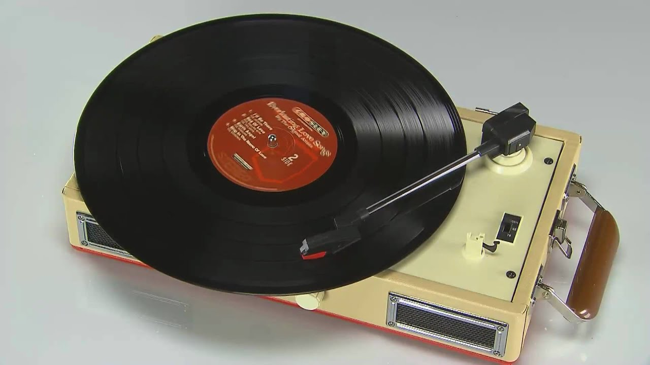 crosley cr40 mini turntable record player youtube. Black Bedroom Furniture Sets. Home Design Ideas