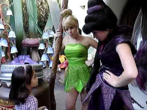 Katy Meets Silvermist I, TinkerBell III And Vidia I At Disneyland's Pixie Hollow