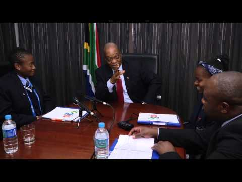 President Jacob Zuma meets with Soweto pupils attending the G20 Youth Programme in Australia