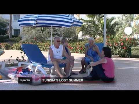 euronews reporter - Tourists deserting Tunisia